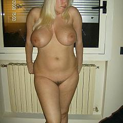Fat-BBW intimate.