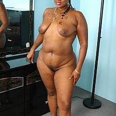 Fat-BBW nude.