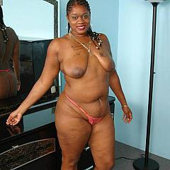 Fat-BBW playgirl.