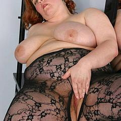 Fat-BBW fishnet.